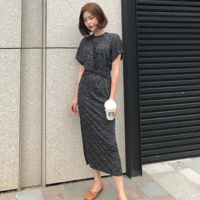 韓国 着やせ 着やせ ブラック 丸襟 中長デザイン ハイウエスト ヒップカバースカート
