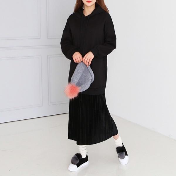 【韓国ファッション/レディースファッション】パーカーワンピ/ワンピース 秋冬/スウェットワンピース/黒 ワンピース_233712