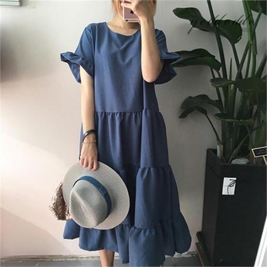 はいトト行き来するようにはいトトカンカンフリルのワンピース プリントのワンピース/ 韓国ファッション