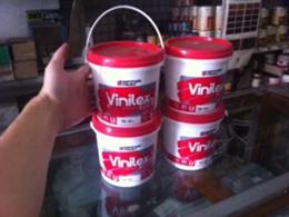 vinilex cat tembok 1 kg warna putih