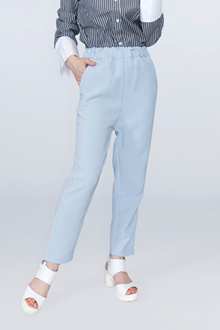 pull-on baggy pants