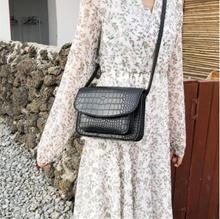 Korean retro crocodile shoulder bag solid color PU Messenger bag temperament ladies bag