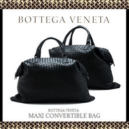 02124a73a4f6 Bottega Veneta Maxi Convertible Bag (Nero)