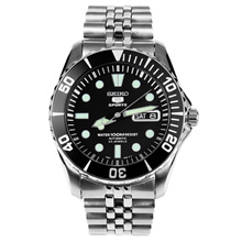 Seiko 5 Sports Automatic Mens Diver Watch SNZF17K1 SNZF17