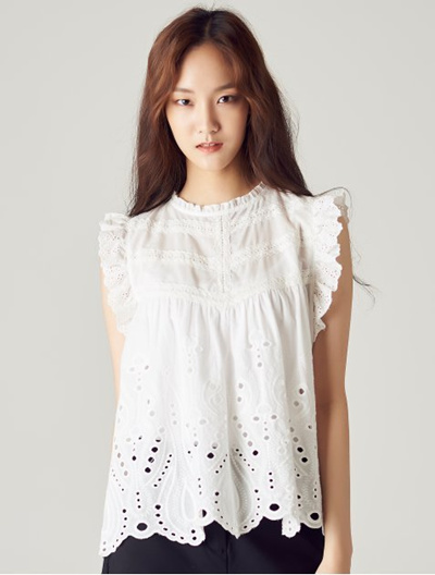 de344b5c3c1fe Qoo10 - 8seconds Eyelet Lace Sleeveless - White   Women s Clothing