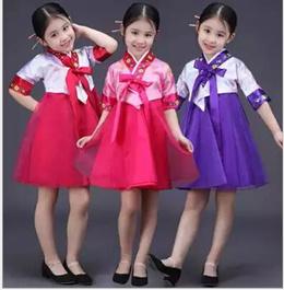 Children s Day traditional Korean hanbok Korean girl children adult stage performances of ethnic min