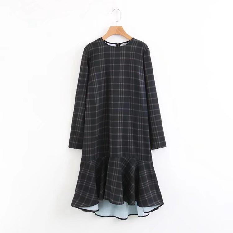2017の秋冬冬服、欧米には長いスカート下塗スカート丸首丸首長袖ワンピース