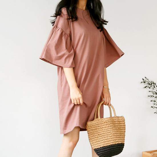 ディエイスブリット小売シャーリングワンピース シフォン/レースのワンピース/ 韓国ファッション