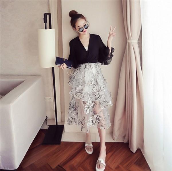 レディースワンピース 韓国無地 スリム 韓国のファッション 上品  学院? Vネックシフォンワンピース プリントワンピース  ハイセンス 着心地いい おしゃれ 夏 スリム セール★ レディースワンピー