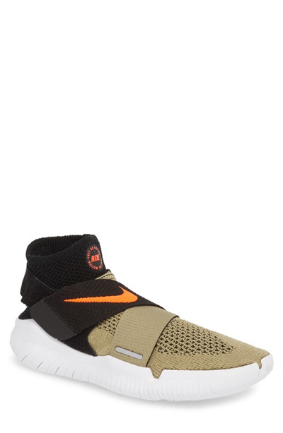 low priced d82f3 e38fc NIKENIKE Free RN Motion 2018 Flyknit Running Shoe