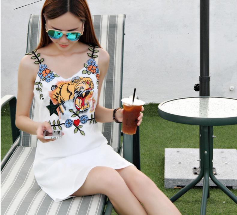 レディース シフォン キャミソール ワンピース ミニ 刺繍 アニマル フェミニン