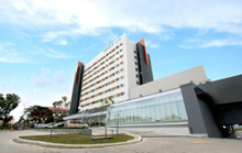 Harris Hotel Batam Centre Package including Breakfast(Tour with Seafood Lunch option available)