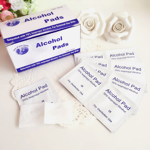 Alcohol Pads/Sterile Wipes/Antiseptic Disinfect Swabs/Antiseptic Cleaning Sterilization Deals for only S$2.1 instead of S$0