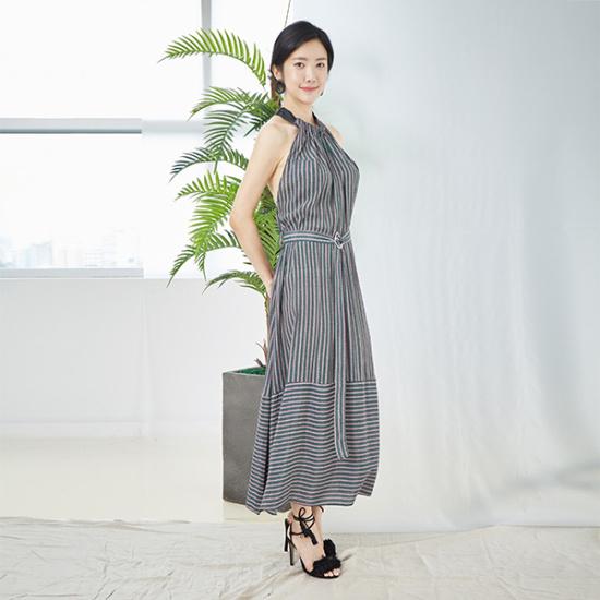 ファンSUMMER PRINTTING ONEPIECE・サマー・プリンティングワンピース 塔/袖なしのワンピース/ 韓国ファッション