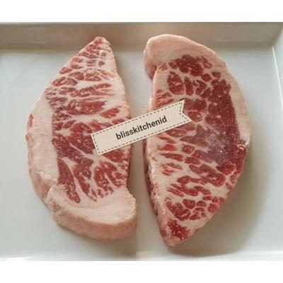 Grainfed Beef Chuck Crest Steak MB 4++ 200gr