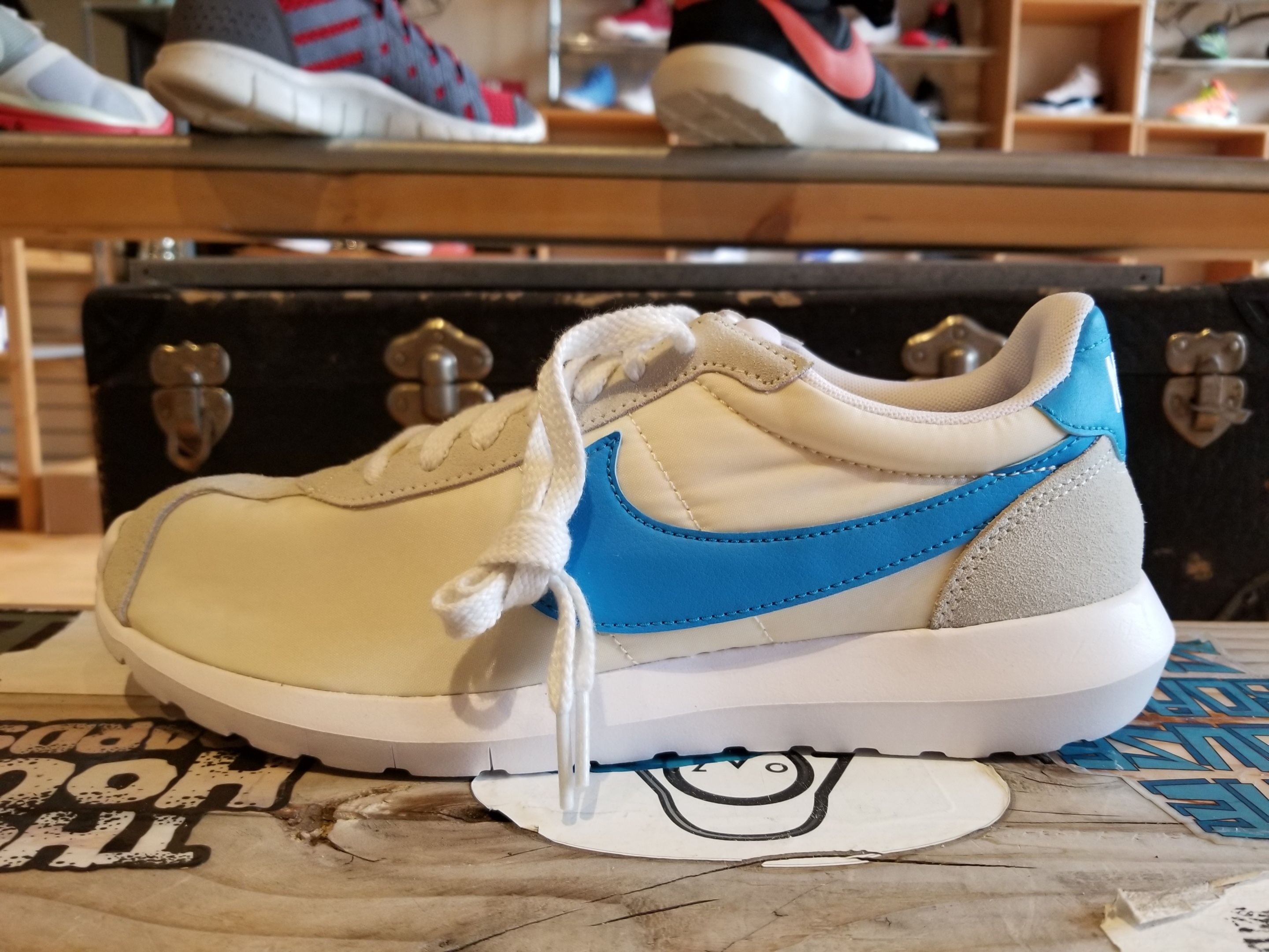 info for 2120a 3e714 fit to viewer. prev next. Nike Roshe LD White 844266-104