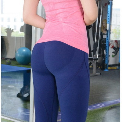 Sexy butt in yoga pants