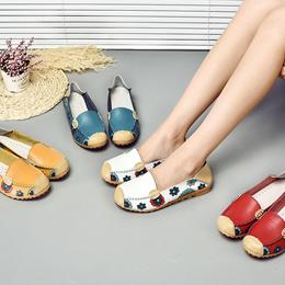 夏季新款 / 小白鞋 / 真皮单鞋 / 平跟软底 / 妈妈鞋 / 防滑平底
