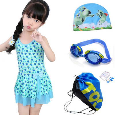 bf047decfc536 Email child swimsuit big girls in hot springs-cute Korean wave point Siamese