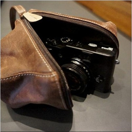 ★BIG SALE★NEW CLAYSMITH Leather Body Case Pouch Brown for For SONY NEX Olympus PEN LUMIX G FUJI X EOS-M J2/NX300/X100S/X20/RX100/XZ-2/P210/LX7/D-LUX/G1X / Free shipping
