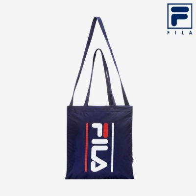 26a7bdbb219 Qoo10 -  FILA  ( Unisex ) Hot Summer Light Tote Bag (FS3BCA5314X NAY ...